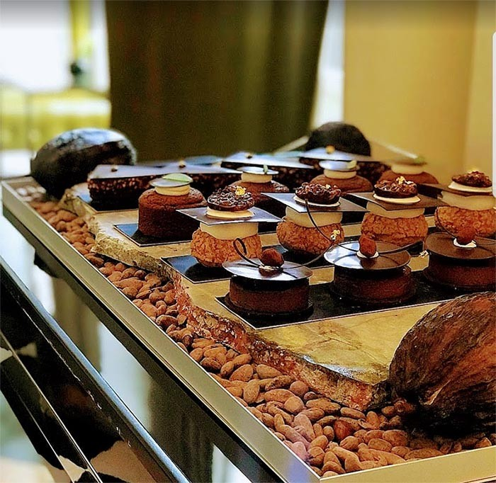 Chariot au chocolat du trianon palace