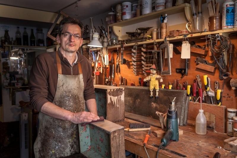 Exhibition of art craftsmen from Versailles