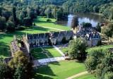 Abbaye des Vaux de Cernay - vallée de Chevreuse -  Versailles -  balade en voiture