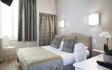 Roys's hotel - versailles - palace - family stay