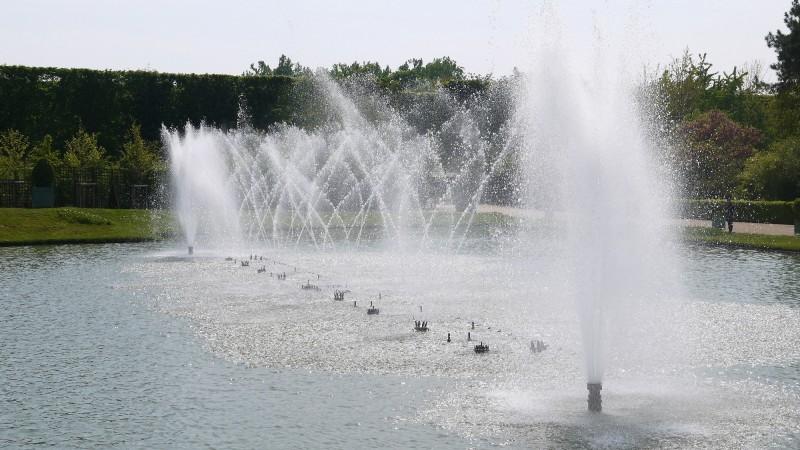 Bassin du miroir - jardins musicaux - versailles