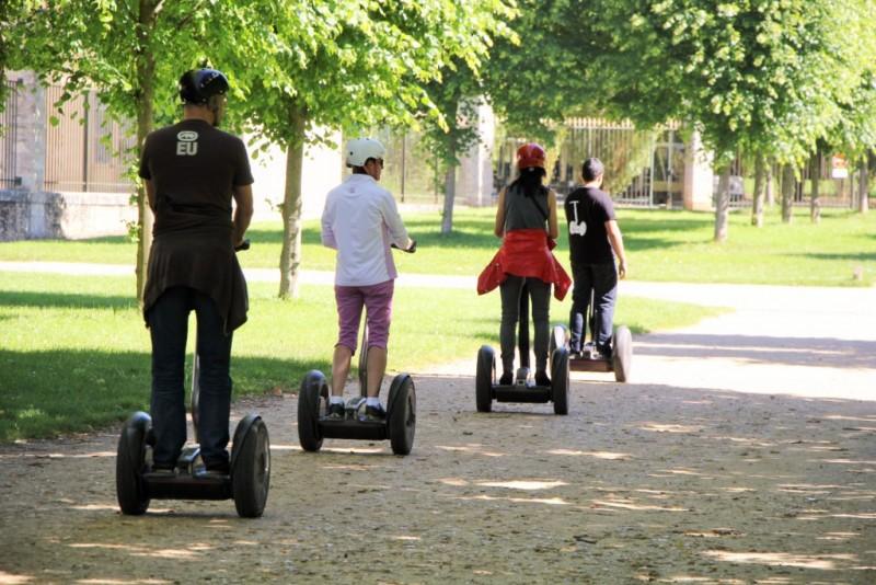 versailles events - segway - hameau de Marie Antoinette - visite - château de versailles - parc
